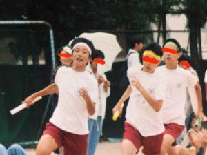 中学の体育祭で走るちーも