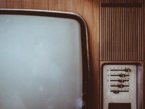 古いTVの画像