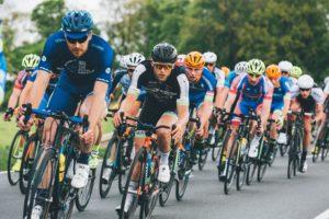 自転車競技の男